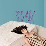 bedroom-five-plants-purpure