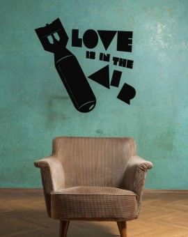 typo-love-air-black