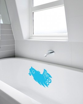 bathroom-fishtub-bluelight